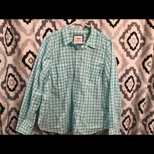 Women's XL button shirt